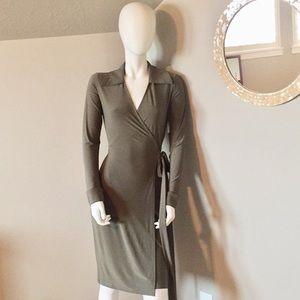 Shabby Apple practically perfect wrap dress size 2